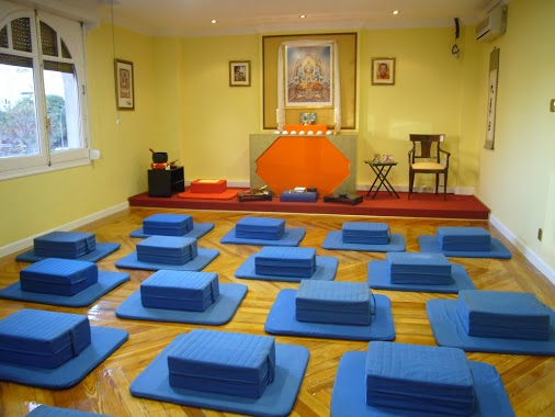 La meditaci n sentada formaci n karuna - Salas de meditacion ...